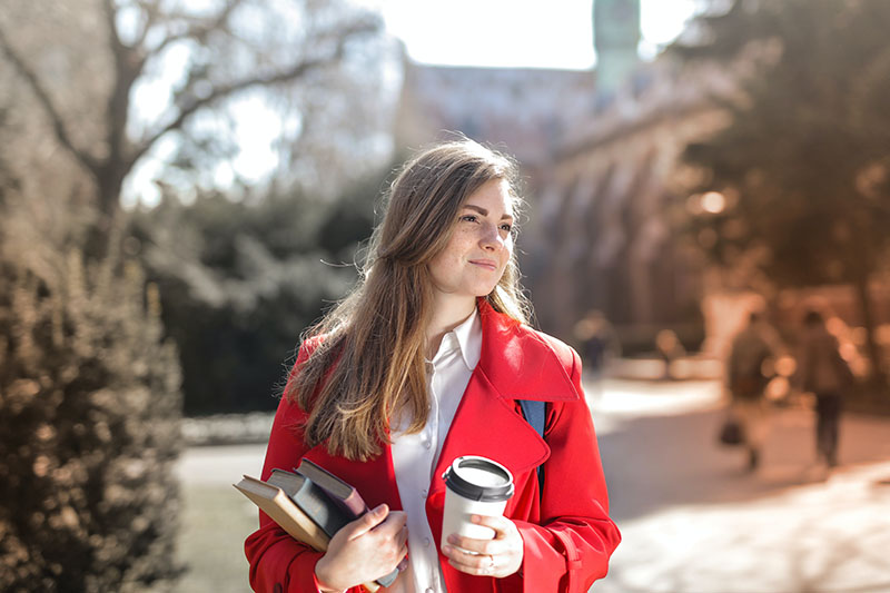 Blog Integrated marketing strategy example - woman with latte example
